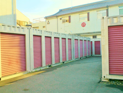 JR八尾駅前店